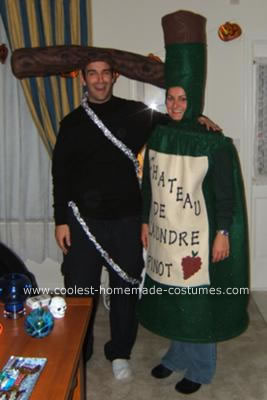 coolest-wine-bottle-and-cork-screw-couple-costume-5-21412965